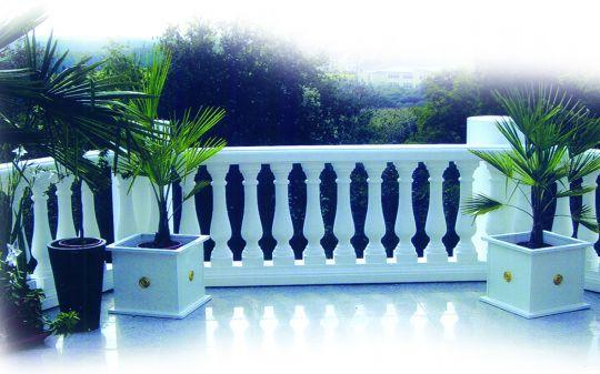 leichtbalustrade f r den balkon aus styralith. Black Bedroom Furniture Sets. Home Design Ideas