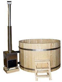 rustikale badezuber aus holz f r den garten als. Black Bedroom Furniture Sets. Home Design Ideas