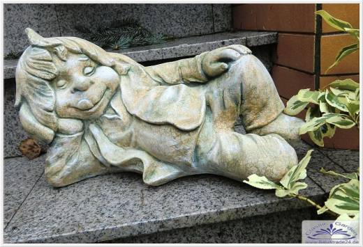 Gartenfiguren Aus Beton Selber Machen Liegender Löwe Als