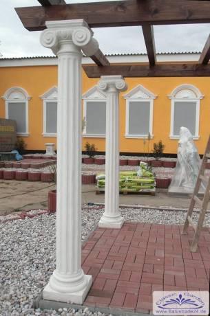 s ule mit korinthischem kapitell s ule betons ule f r. Black Bedroom Furniture Sets. Home Design Ideas