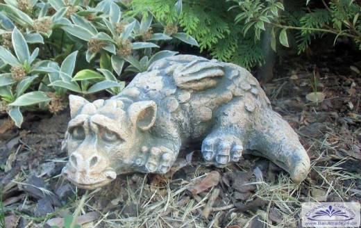 Gartenfigur Drache Liegend Drachen Gartenfiguren Aus Beton