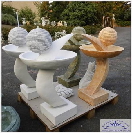 moderne garten deko gartenfigur skulptur silberkugel aus edelstahl d 7 cm auf stab h he 75 cm. Black Bedroom Furniture Sets. Home Design Ideas
