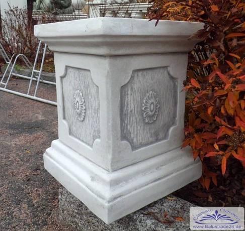 Gartenfiguren Und Moderne Garten Skulpturen Bestellen