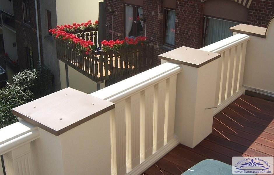 moderne balustrade in eckiger baluster form mit gro em. Black Bedroom Furniture Sets. Home Design Ideas