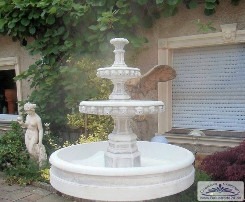 kleiner gartenbrunnen als kaskadenbrunnen mit brunnenschale gartenfiguren aus beton produzent. Black Bedroom Furniture Sets. Home Design Ideas