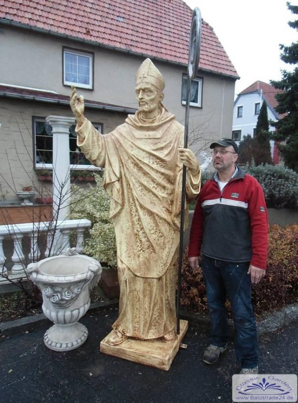 Bischoff figur sehr grosse heiligenfigur mit bischoffstab for Gartenfiguren tiere kunststoff