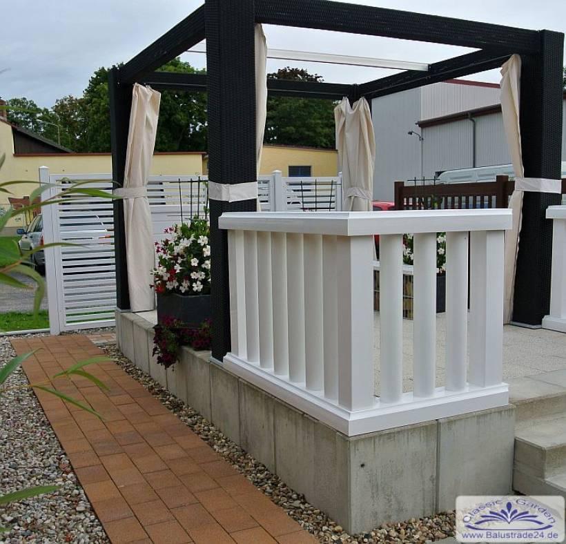 kunststoffzaun als moderne rundrohr balustrade f r balkon. Black Bedroom Furniture Sets. Home Design Ideas